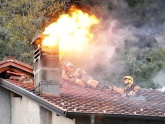 Cosa fare in caso di incendio della canna fumaria caminoteca